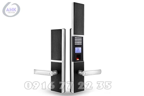 khoa-cua-van-tay-dessmann-S710-2