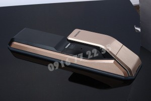 khoa-cua-van-tay-samsung-shs-p718-gold-1