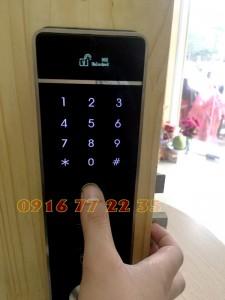Mở khóa bằng vân tay Eda Lock EV6000